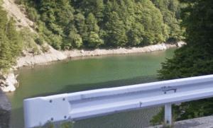 前川度の橋付近2