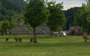 平出遺跡の竪穴式住居